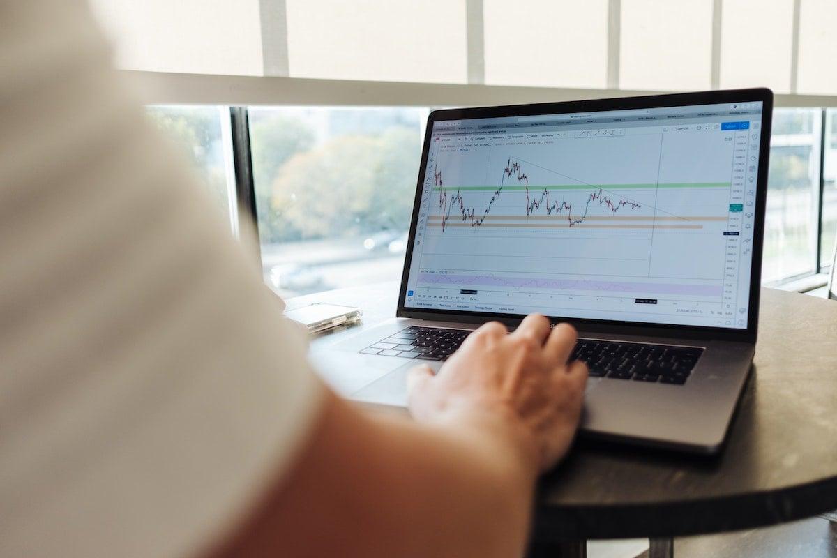crisis-covid19-finance-webinar-cfoconnect-ama-experts